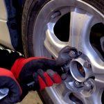 セレナ(C26)のタイヤサイズとタイヤ交換!価格帯は?