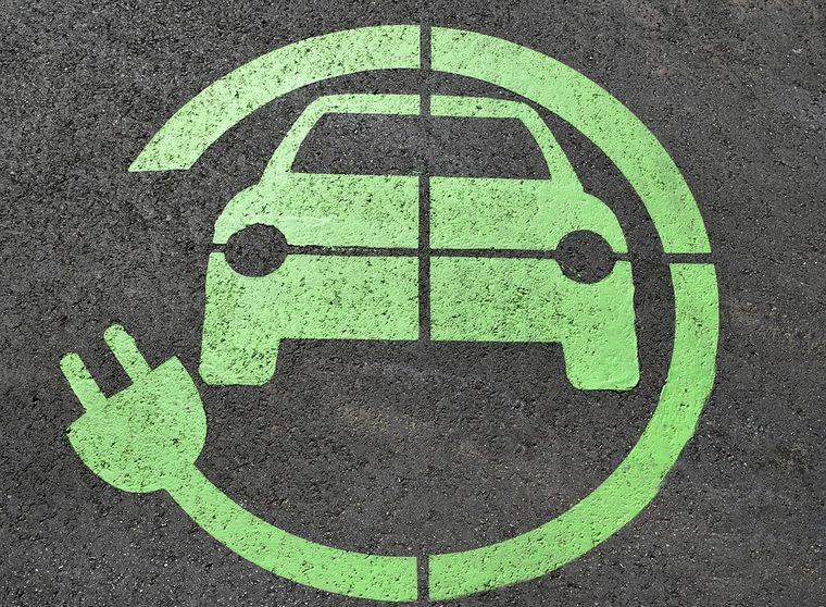 セレナの100%電気自動車誕生はe-POWERがあるから難しい?