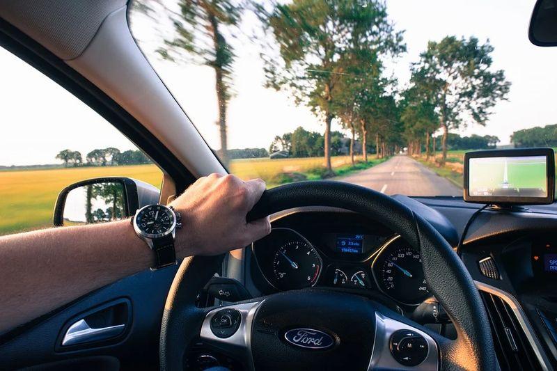 セレナe-power運転のコツ!長距離や燃費を良くする 運転の仕方について